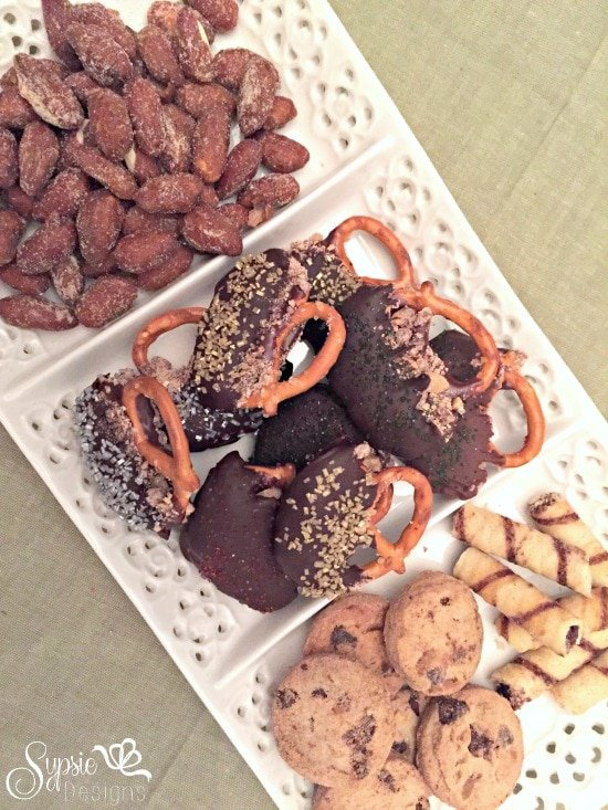 Easy Chocolate Covered Pretzel Treats - Holiday Party Dessert Ideas - Sypsie Designs