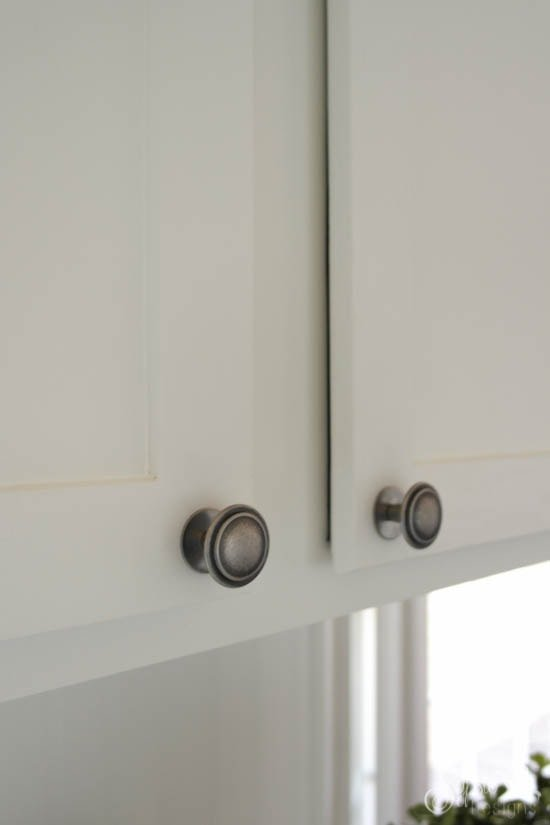 Kitchen Knob Upgrade - Add a washer to inexpensive knobs to make them appear heavier! - Sypsie Designs