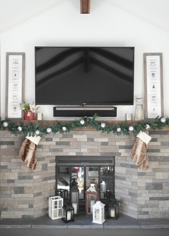 Holiday Mantle & Flowers