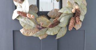 Easy DIY Magnolia Wreath